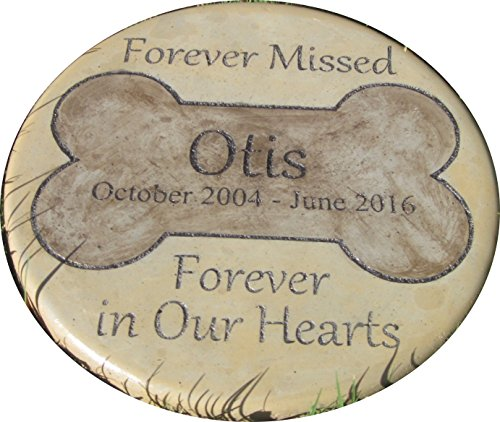 Personalized Pet Memorial Step Stone 11' Diameter Forever Missed Forever in Our Hearts
