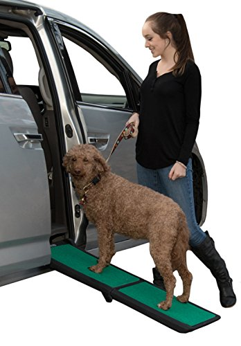 Pet Gear Travel Lite Ramp with supertraX Surface for Maximum Traction, 4 Models to Choose from,...