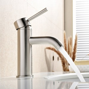 Top 10 Best Pull Down Kitchen Faucets In 2017 Reviews