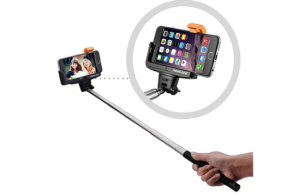 Selfie Stick, Newisland® Pro 3-In-1 Bluetooth Self-portrait Monopod Extendable Selfie Stick with Built-in Remote Shutter with Adjustable Phone Holder