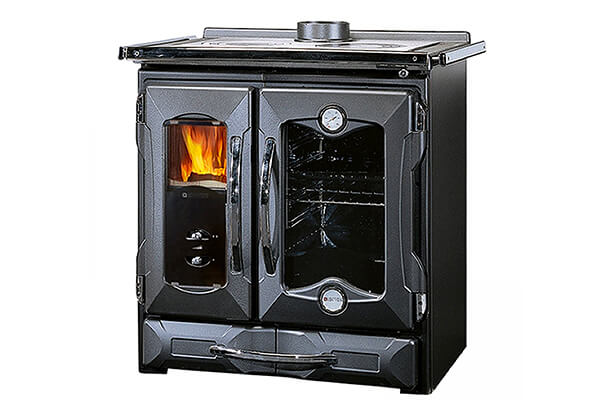 "Wood Burning Cook Stove La Nordica ""Mamy Black,"" Made in Italy"
