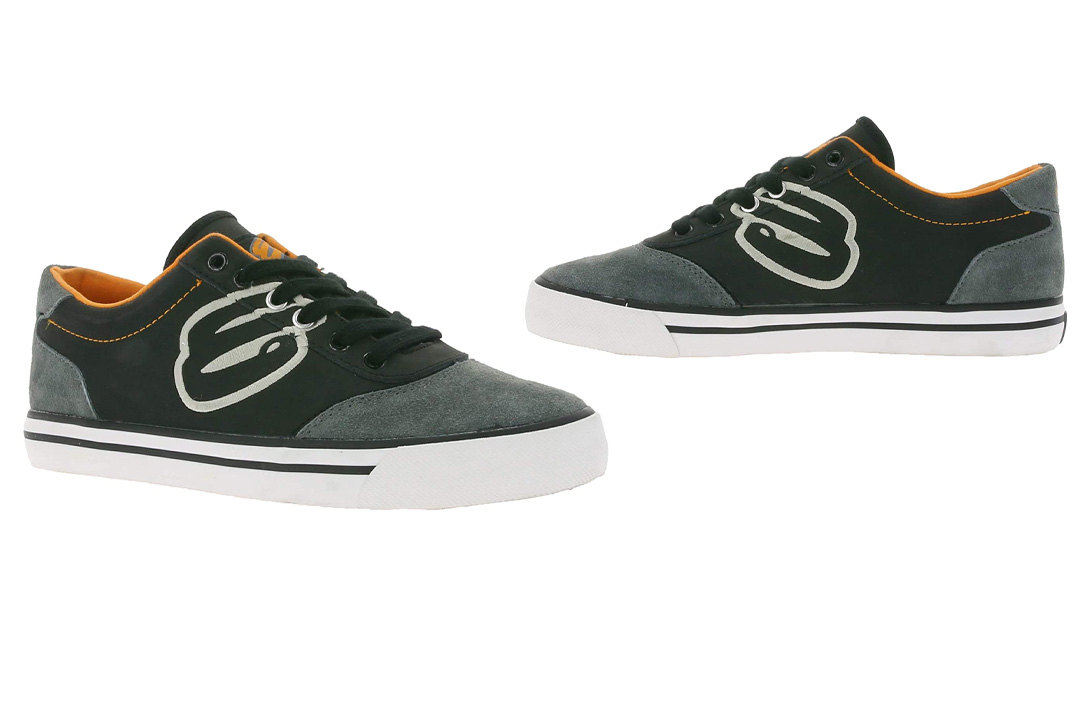 Elyts Ruckus Scooter Shoes