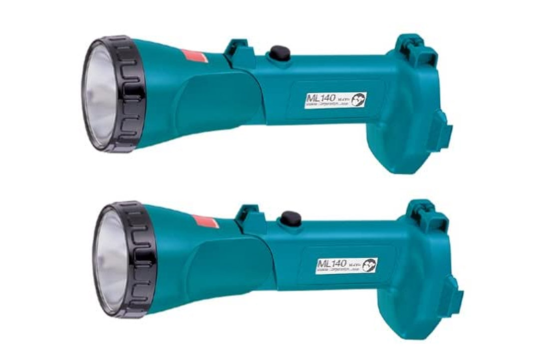 Makita ML140 14.4-Volt Pivoting HeadFlashlight