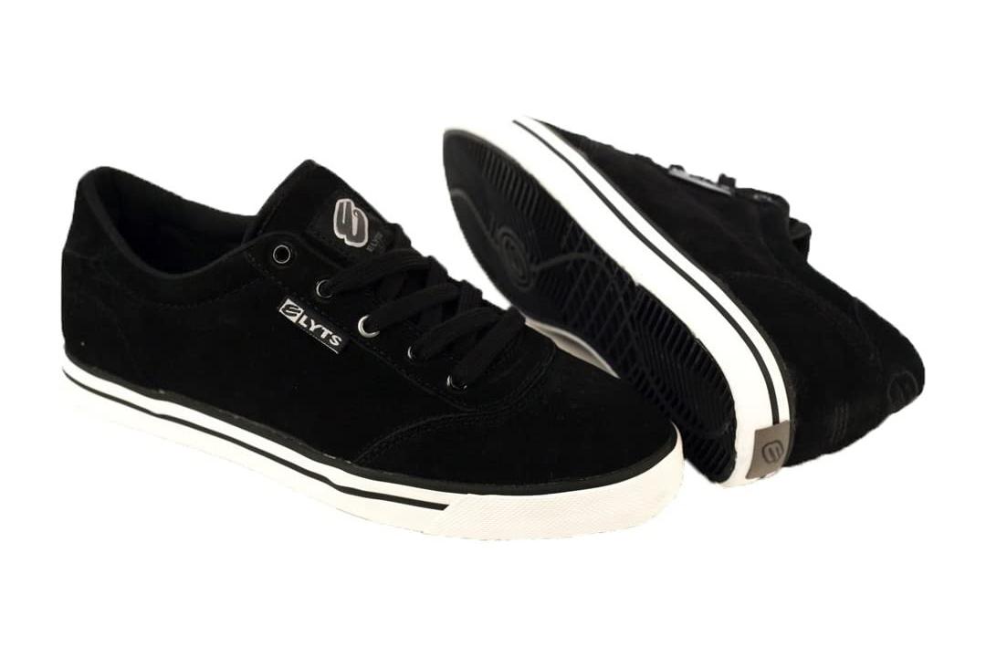 Elyts Low top Ruckus Shoe